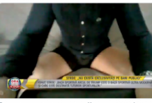 Photo of (ВИДЕО) Министер даваше изјава облечен само по гаќи