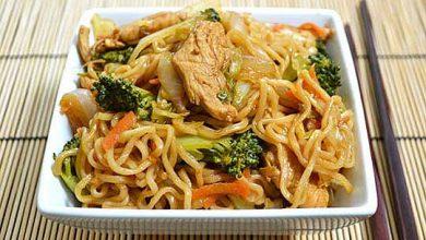 Photo of Рецепт: Пилешко на кинески начин со зеленчук и нудли