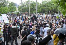 Photo of Во САД судири со полицијата поради смрт на Афроамериканец (видео)