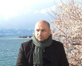 Photo of Денко Малески или Стојан Новаковиќ?