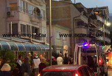 Photo of ФОТО: Пожарникар повреден – паднал од балкон при интервенција на кејот во Охрид