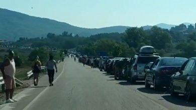Photo of Топ чанел: Хаос на албанско – грчката граница, заглавени илјадници албански граѓани
