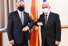 Photo of Средба на Џафери со косовскиот амбасадор Дедај