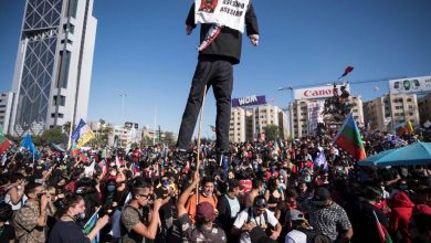Photo of Масовни протести во Чиле, приведени речиси 600 луѓе