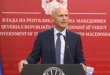 Photo of Пауновски: Терасите на кафеаните ќе работат како досега сè додека не се донесат нови протоколи
