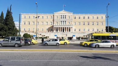 Photo of Во Грција регистрирани рекордни 1.259 нови случаи на Ковид-19, позитивна и министерката за образование