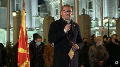 Photo of Мицкоски: Заев јавно да се извини за навредите кон македонските граѓани, предци и херои и да поднесе оставка