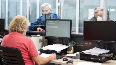 """Photo of АНАЛИЗА: Адиминистрацијата со просечна возраст од 46 години – дали новите решенија за пензионирање ќе ја """"подмладат""""!"""
