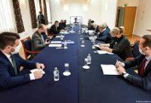 """Photo of Мешовитата комисија закочи на употребата на придавката """"македонски"""": Македонските експерти не ги потпишуваат записниците без тоа"""