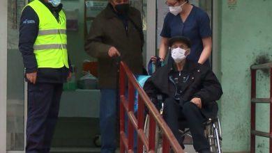 Photo of 98-годишниот Киро го победи Ковид 19 на скопската инфективна клиника