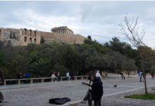 Photo of Грците испраќаат околу четири милиони смс пораки седмично за излегување од дома