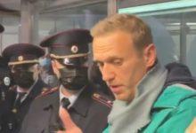 Photo of Навални приведен на московскиот аеродром Шереметјево