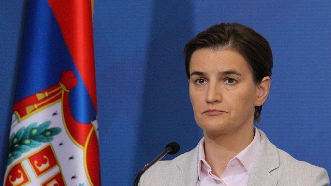 Брнабиќ: Обид за стекнување политички поени на најголемата криза - МИА