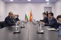 Photo of Заев и Радев во Брисел разговараа за перспективата за постигнување на реален исчекор во процесот на европската интеграција на Република Северна Македонија