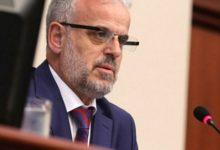 Photo of Претседателот на Собранието Џафери се сретна со новата српска амбасадорка Јовановиќ