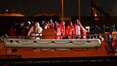 Photo of Стотици мигранти повторно со брод дојдоа на Лампедуза, островот пренатрупан