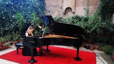 Photo of Младата пијанистка Ангела Николовска одржа солистички пијано концерт во Рим