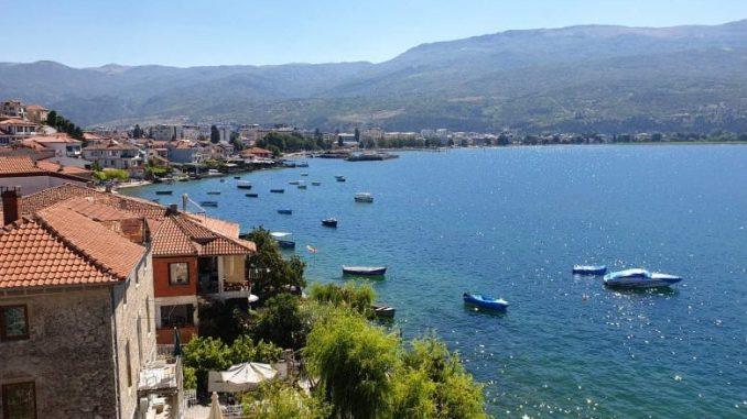 Значително опаѓа посетеноста во Охрид и туристичките населби на брегот на Охридското Езеро - МИА