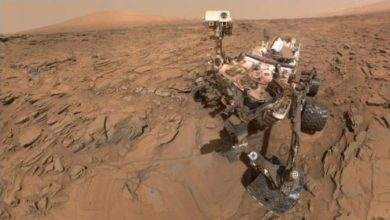 """Photo of """"Упорност"""" се подготвува го земе првиот примерок од карпа на Марс"""