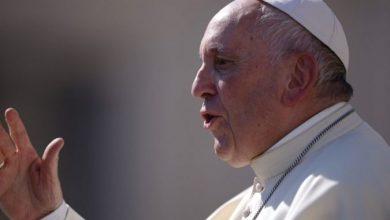 Photo of Папа Франциск: Не ги затворајте вратите за мигрантите