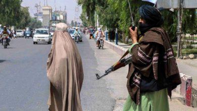 Photo of Талибанците ги протераа девојчињата од средните училишта во Авганистан