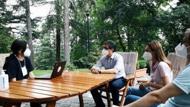 Photo of Пендаровски: Со моето семејство ја исполнивме граѓанската должност, податоците од пописот ни се потребни за креирање политики