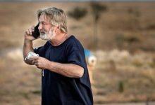 Photo of Излегоа записи од истрагата: На Болдвин му рекле дека пиштолот е безбеден