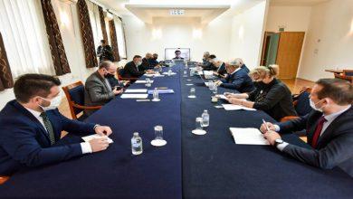 Photo of Членовите на комисијата изненадени од оставката на колегата: Притисоци врз работата немало
