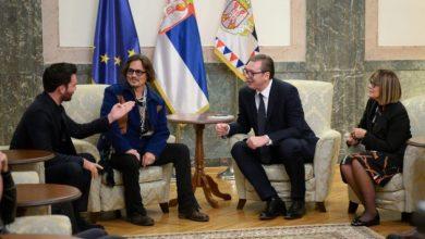 Photo of Вучиќ со Џони Деп, кој ќе биде одликуван со орден за заслуги
